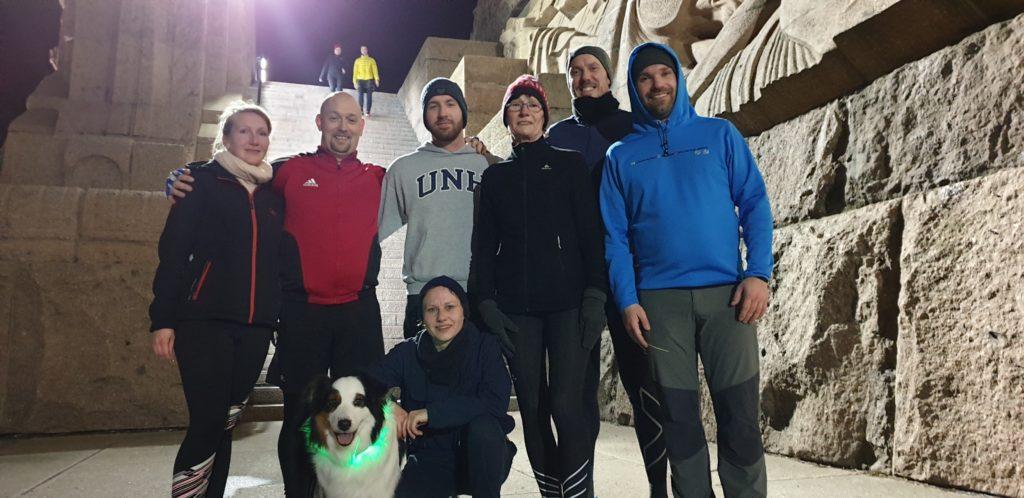 Gruppenfoto mit Sabine nach dem Treppenlauf